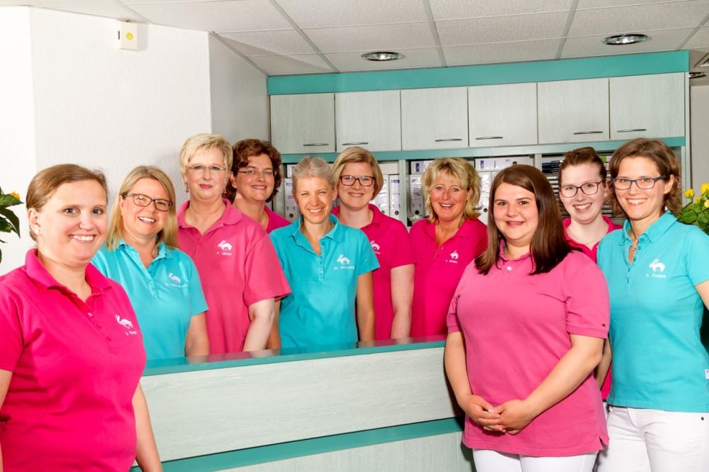 Team der Kinderarztpraxis Has&Igel